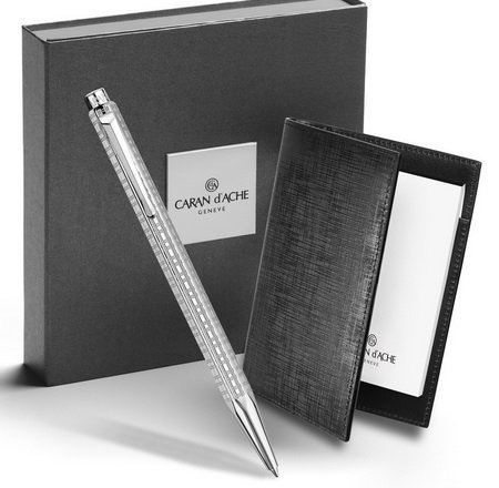 A Caran d'Ache Ecridor ballpoint pen and notepad gift set.