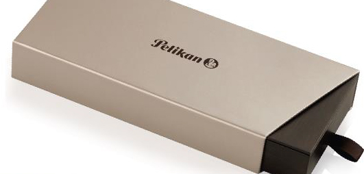 Pelikan M205 Classic Transparent Blue demonstrator fountain pen gift box.